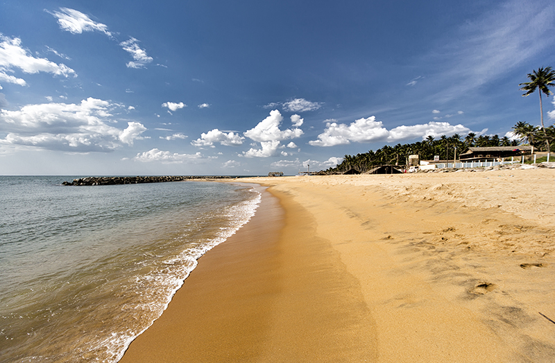 Negombo - Amazing places to see in Sri Lanka - Sri Lanka honeymoon ideas