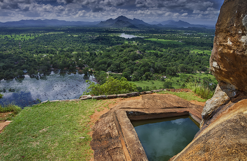 Sigiriya - Amazing places to see in Sri Lanka - Sri Lanka honeymoon ideas