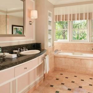 Bungalow Suite 3 - beverly hills hotel - luxury los angeles honeymoon packages