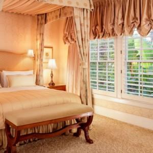 Deluxe Bungalow Suite 2 - beverly hills hotel - luxury los angeles honeymoon packages