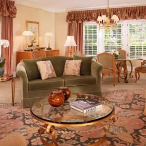 Deluxe Bungalow Suite - beverly hills hotel - luxury los angeles honeymoon packages