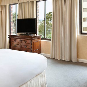 Fairmont Palisades - Fairmont Miramar Hotel and Bungalows - luxury los angeles honeymoon packages