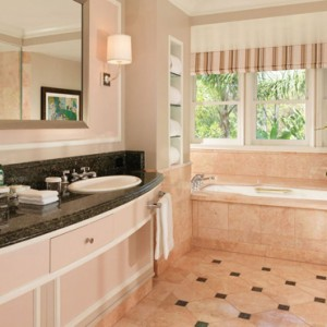 Grand Bungalow suite 3 - beverly hills hotel - luxury los angeles honeymoon packages