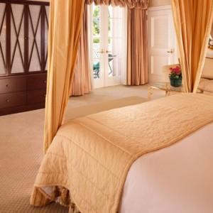 Grand Bungalow suite 5 - beverly hills hotel - luxury los angeles honeymoon packages