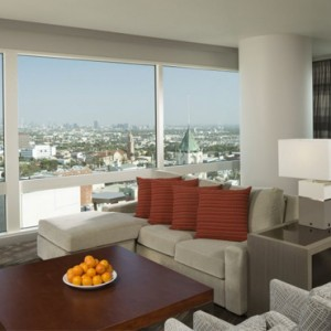 Highlands-Suite-Loews-Hollywood-Hotel-luxury-los-angeles-honeymoon-packages