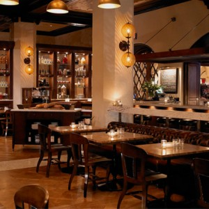 Los Angeles Honeymoon Packages Hollywood Roosevelt Hotel Public Kitchen And Bar