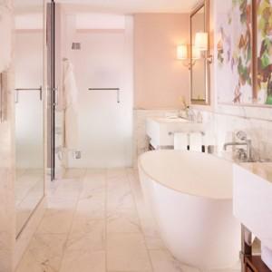 Premier Suite 4 - beverly hills hotel - luxury los angeles honeymoon packages