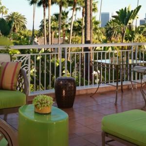 Sunset Suite 3 - beverly hills hotel - luxury los angeles honeymoon packages