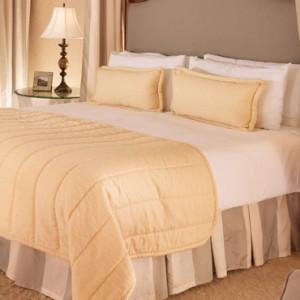 Superior Bungalow Suite 5 - beverly hills hotel - luxury los angeles honeymoon packages