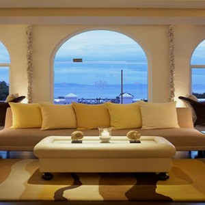 The Marine - South Africa Honeymoon Packages - The sun lounge