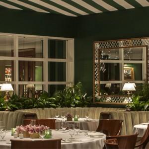 dining 3- beverly hills hotel - luxury los angeles honeymoon packages