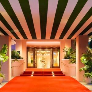 exterior - beverly hills hotel - luxury los angeles honeymoon packages