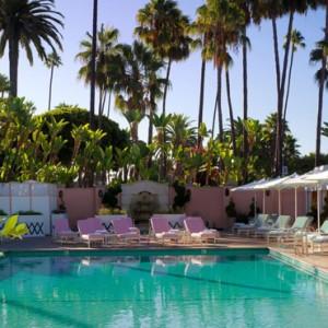 pool - beverly hills hotel - luxury los angeles honeymoon packages