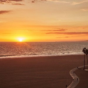 sunset - Fairmont Miramar Hotel and Bungalows - luxury los angeles honeymoon packages