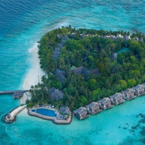 island-vivanta-by-taj-coral-reef-luxury-maldives-honeymoon-packages