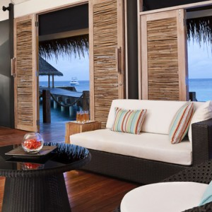 lobby-vivanta-by-taj-coral-reef-luxury-maldives-honeymoon-packages