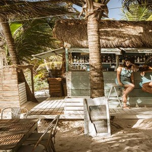 be-tulum-mexico-honeymoon-beach-bar