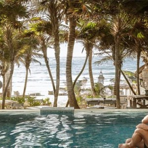 be-tulum-mexico-honeymoon-pool