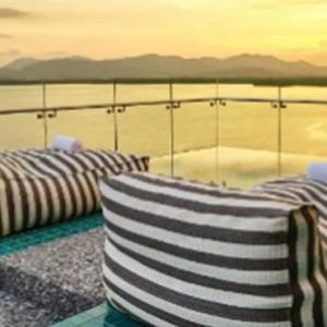 como-point-yamu-phuket-honeymoon-como-suite-balcony