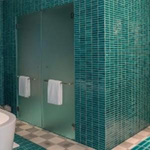como-point-yamu-phuket-honeymoon-one-bedroom-pool-villas-bathroom