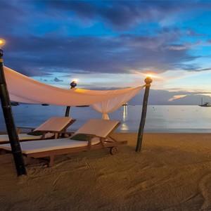 sandals-negril-jamaica-holiday-sunset-cabanas