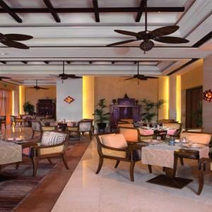 shangri-la-hotel-qaryat-al-beri-abu-dhabi-honeymoon-hoi-an