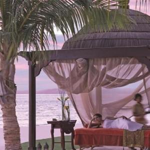 shangri-la-hotel-qaryat-al-beri-abu-dhabi-honeymoon-spa-massage