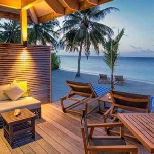 beach-villa-2-hurawaihi-luxury-maldives-honeymoon