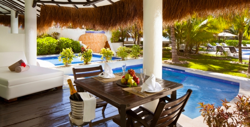el-dorado-casitas-royale-the-best-swim-up-suites-luxury-honeymoon-blog