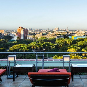 hotel-saratago-cuba-honeymoon-packages-fraterny-park-from-rooftop-pool