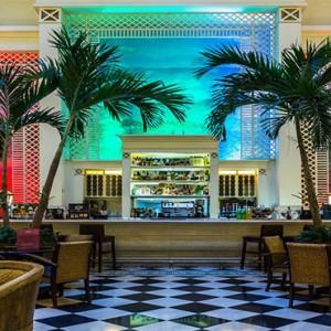 hotel-saratago-cuba-honeymoon-packages-bar-mezzanine