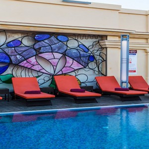 hotel-saratago-cuba-honeymoon-packages-solarium-in-rooftop-pool