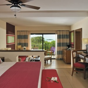 junior-suite-the-level-sea-view-cuba-honeymoon-packages