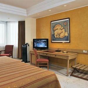 melia-cohiba-cuba-honeymoon-packages-grand-suite-room