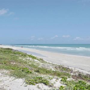 melia-marina-varadero-cuba-honeymoon-packages-beach