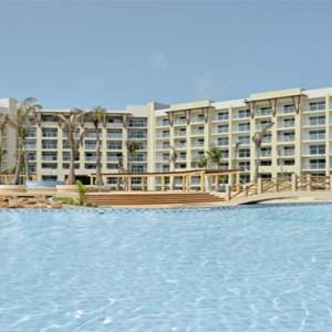 melia-marina-varadero-cuba-honeymoon-packages-pool