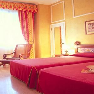 mercure-sevilla-la-habana-cuba-honeymoon-packages-standard-room-with2-single-beds