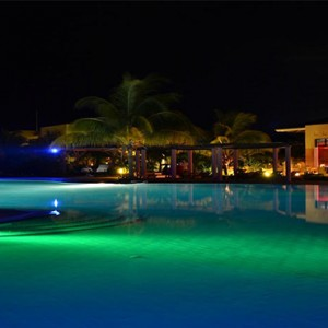night-pool-view-melia-buenavista-cuba-honeymoon-packages
