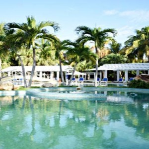 royalton-hicacos-resort-and-spa-cuba-honeymoon-packages-pool