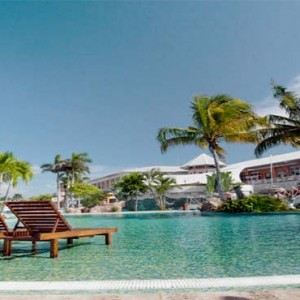 royalton-hicacos-resort-and-spa-cuba-honeymoon-packages-pool1