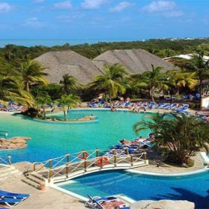 royalton-hicacos-resort-and-spa-cuba-honeymoon-packages-view-of-the-pool