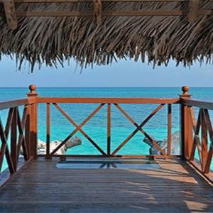 adult-only-balcony-pardisus-rio-de-oro-resort-spa-cuba-honeymoon