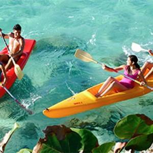 kayaking-pardisus-rio-de-oro-resort-spa-cuba-honeymoon