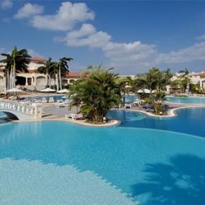 paradisus-princesa-del-mar-cuba-honeymoons-pool