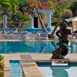 paradisus-princesa-del-mar-cuba-honeymoons-pool1