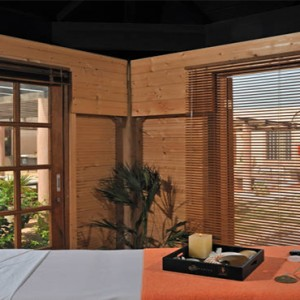 spa-massage1-melia-buenavista-cuba-honeymoon-packages