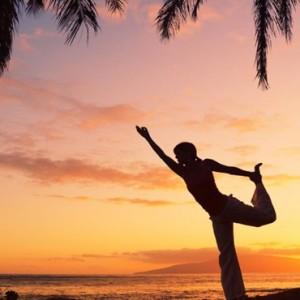 yoga-hurawaihi-luxury-maldives-honeymoon