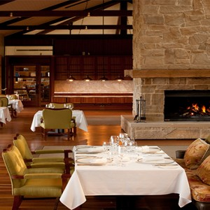 emirates-one-only-wolgan-valley-australia-honeymoon-packages-the-wolgan-dining-room