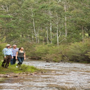 emirates-one-only-wolgan-valley-australia-honeymoon-packages-guided nature walks