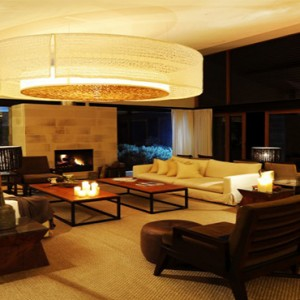 emirates-one-only-wolgan-valley-australia-honeymoon-packages-lounge